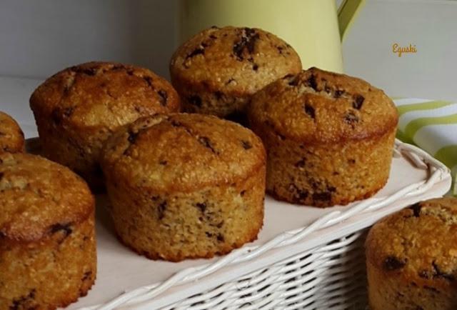 Muffins de avena, platano y chocolate .jpg