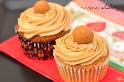Cupcakes de Nueces con Frosting de Café por Aixadalias