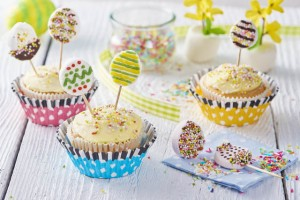 1 Lollipop cupcakes2
