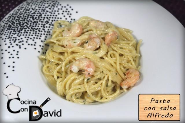 Pasta Alfredo con gambas por Cocina con David