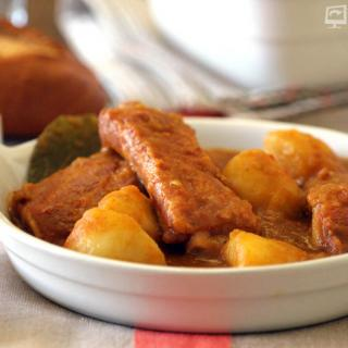 Patatas con costillas thermomix