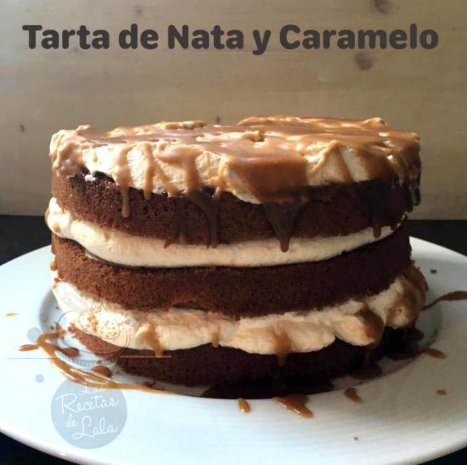 Tarta de nata y toffe por Lalas