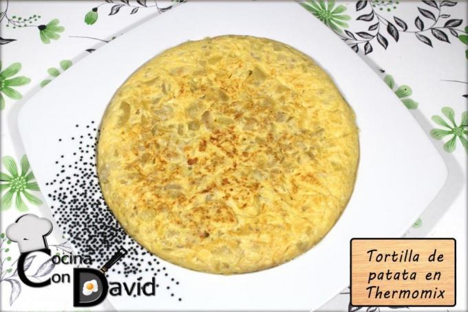 Tortilla de Patata en Thermomix por Cocina con David