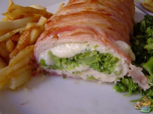 Rollo de pollo y brócoli por Marisalas