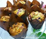 Muffins de chocolate blanco y frutos rojos