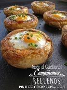 Champiñones rellenos de jamón y huevos de cod ...