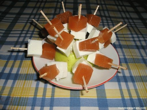 pinchos queso fresco