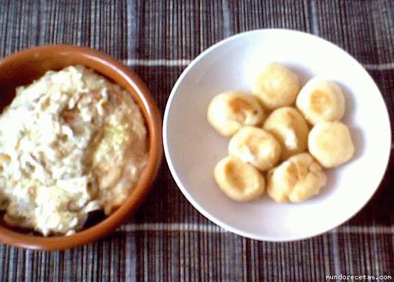 Receta de Berenjenas rellenas y croquetas de patatas y queso