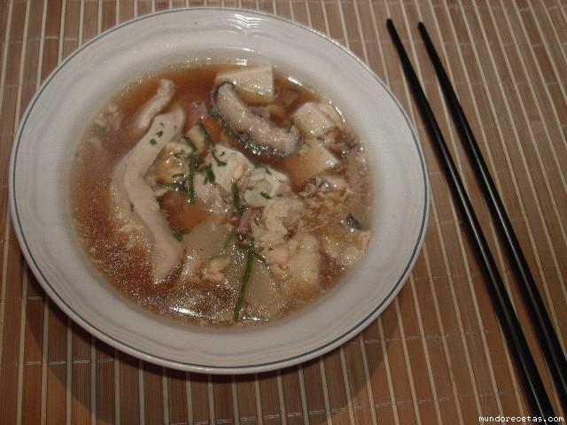 Receta de Sopa de miso, pollo y tofu