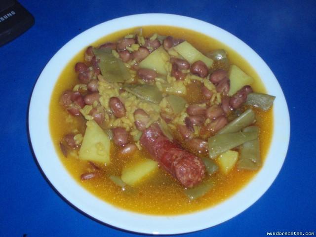 Habichuelas pintas con chorizo y arroz olla gm - Judias pintas con arroz olla express ...