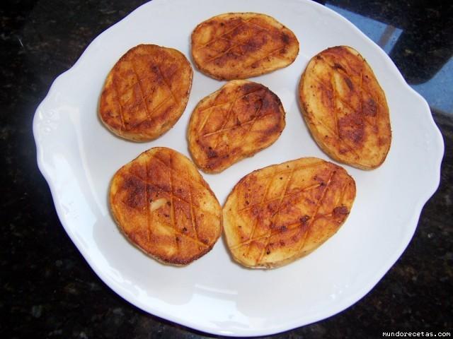 Patatas al horno con pimentn - Patatas pequenas al horno ...