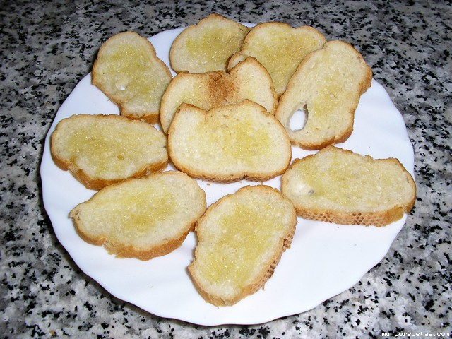 Recetas De Cocina Para Microondas | Tostadas O Pan Crujiente Microondas