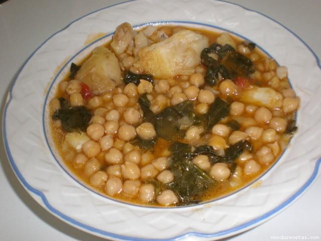 Mis garbanzos con bacalao y espinacas - Potaje con bacalao y espinacas ...