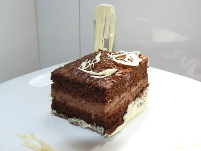 Receta de Tarta de chocolate rellena
