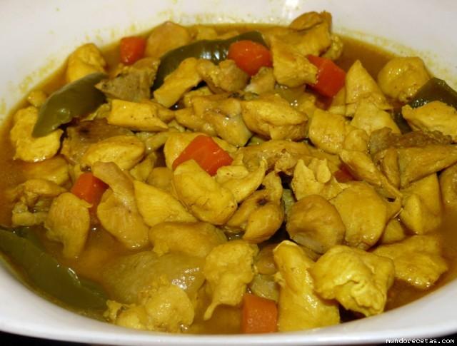 Receta de Pollo al curry (muy facil y económico)