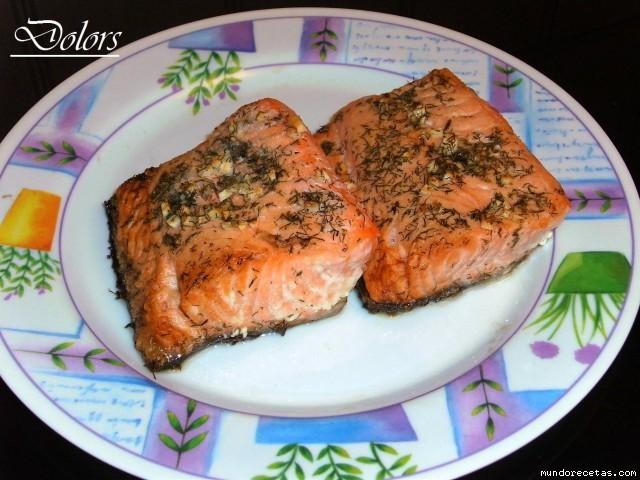 Salm n al eneldo y picada de ajos microondas - Cocinar pescado microondas ...