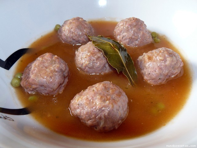 Receta de Albóndigas en salsa (Capisi)