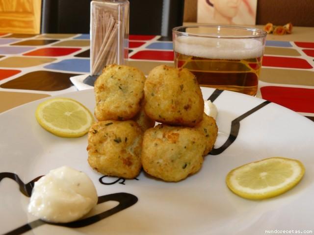 Receta de Albóndigas de bacalao (Capisi)