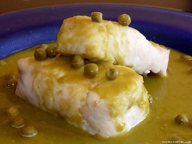 Receta de Merluza en salsa verde de guisantes