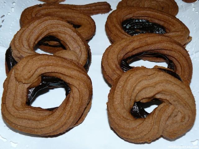 Receta de Rosquillas de cchocolate rellenas