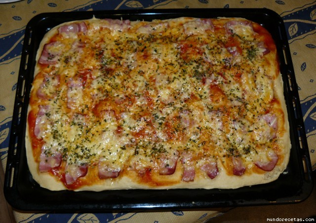 Receta de Pizza carbonara (Capisi)
