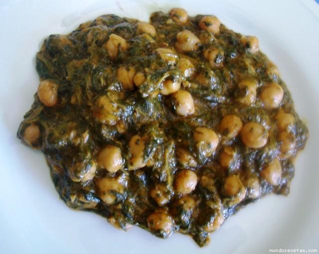 Espinacas Con Garbanzos (Spinach With Garbanzo Beans) Recipe ...