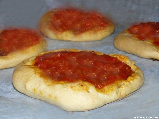 Receta de Coca de tomaca (coca de tomate)
